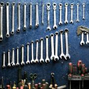 værktøj og udstyr